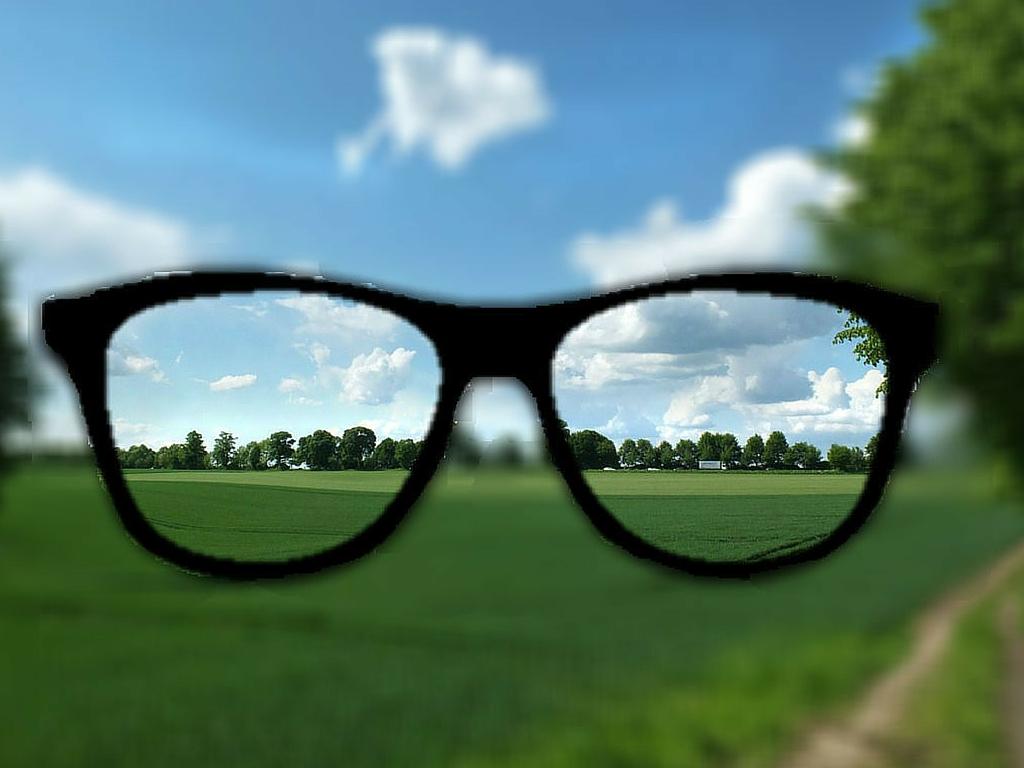 Когда нужно обращаться к офтальмологу?